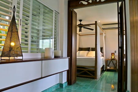 Summer Special  in Style - Martinique suite - Playa del Carmen - Apartment