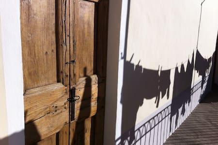 Inside the Italian Heritage... - Ameno