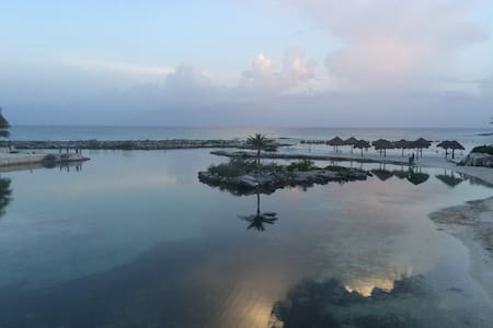 Lagoon, Beach, Ocean & Good Vibes - Lejlighed