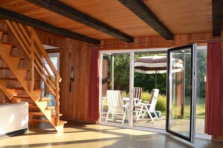 70er Jahre Ferienhaus - Strand 200m - Casa