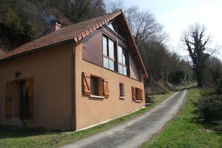 Maison vue sur rivière - Ev