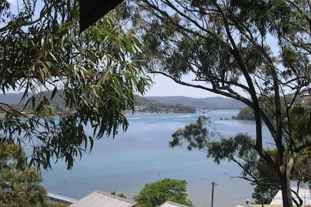 Beautiful Bay, Beach & Bush Views!