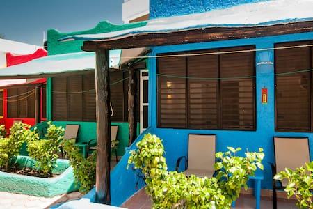 SEA studio in la petite France - Puerto Morelos - Vila