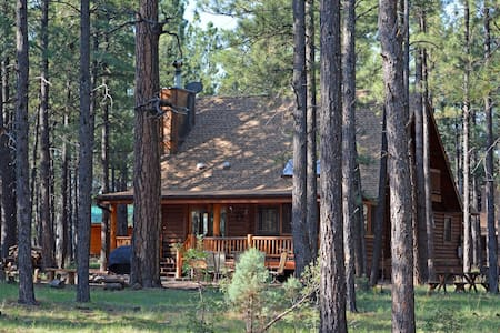 Log Cabin on National Forest - Pinetop - Casa