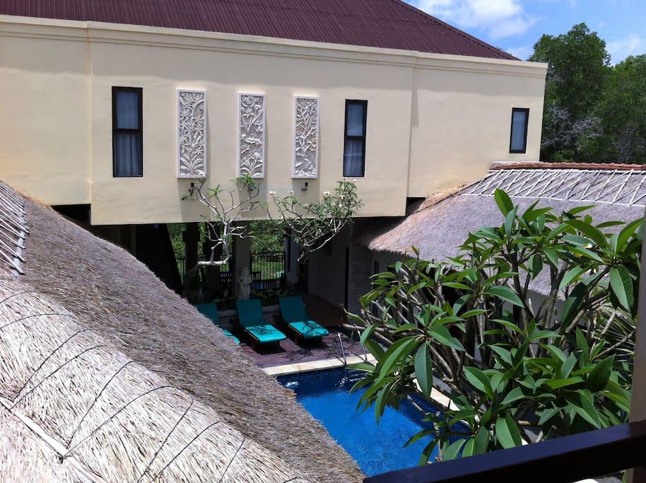 Coco de Heaven(Cozy budget hotel 3)