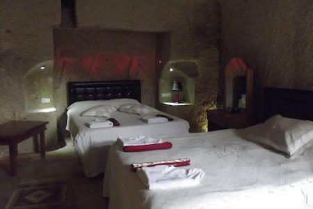 cave triple room