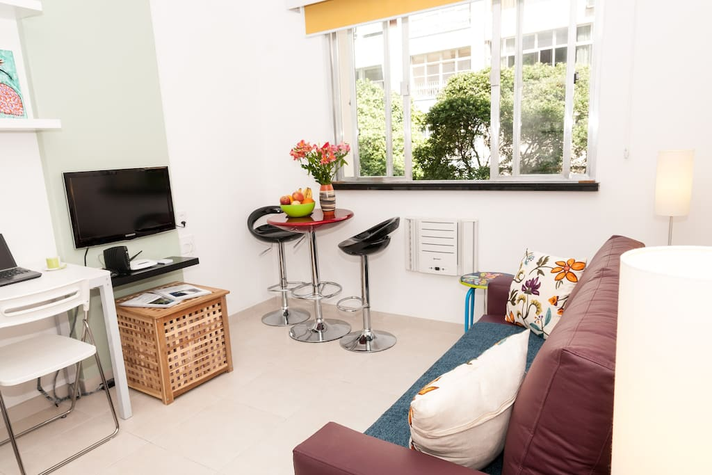 A nice bright airy space to relax or work in with flat screen TV (international channels) and fast wifi.