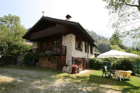 Family Chalet 5 persone Val Ledro - Cabin