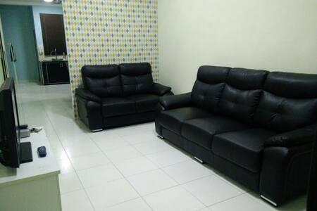 Klebang Melaka Homestay - Tanjung Kling - Haus