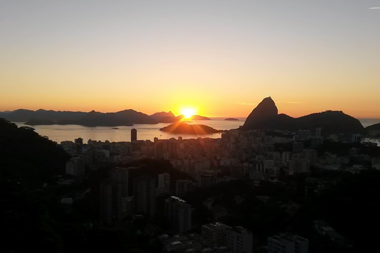 sunrise 6h am