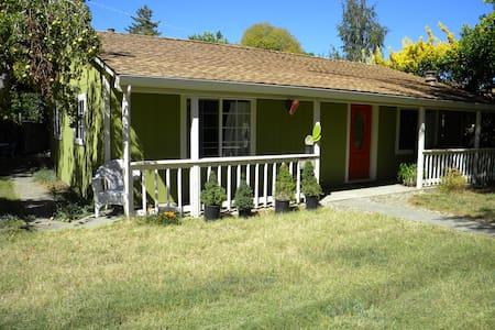 Santa Cruz/Felton Redwoods, Hiking! - Dom
