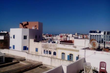Appt avec terrasse Médina Essaouira - Apartamento