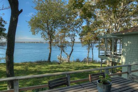 Fabulous Waterfront with Dock - Shelter Island