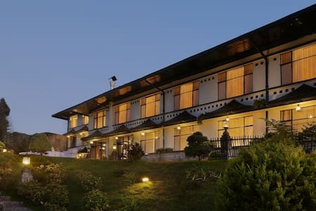 Suite Room | Elgin Mt Pandim | - Pelling