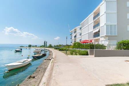AP 4+2 in one of the most luxury building in Omis - Omiš - Huoneisto