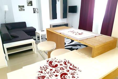 Apartment Fundeni - București