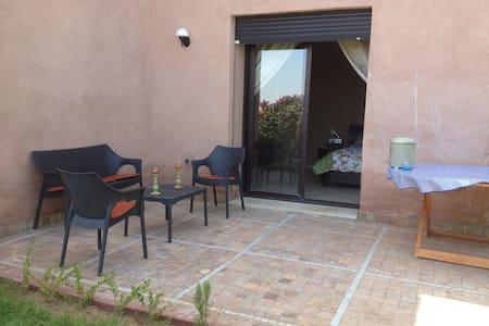 Апартамент Марракеш с бассеином - Apartment