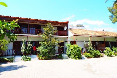 Villa Christina Bungalows  - Apartment