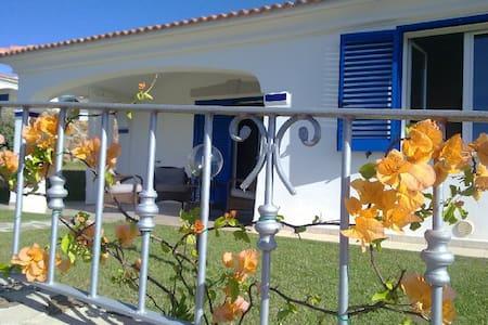 Detached villa with seascape! - Vila