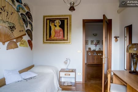 Single or double room - Bed & Breakfast