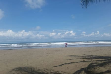 Tropical Beach House - Bejuco - Ház