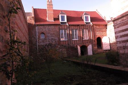 Saint-Valery, Baie des Songes - House