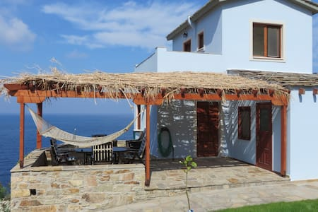 Luxury 3 Bed/3 Bath Sea View Villa - Ikaria - Willa