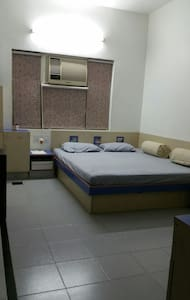 Accomodation only for females! - Ahmedabad