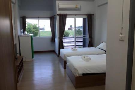 KP Mansion - Tambon Saen Phu Dat - Apartament