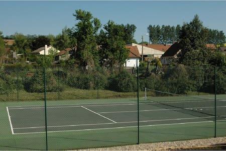 Maisons piscine et tennis - 16 pers - Sempy - Dom