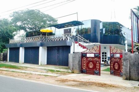 Favourable Rooms in Jaffna Town - Casa