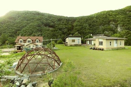 아름다운 낙동강변의 섬, 소목화당(10~30인 60평), 청량산과 도산서원 근거리 - Vila