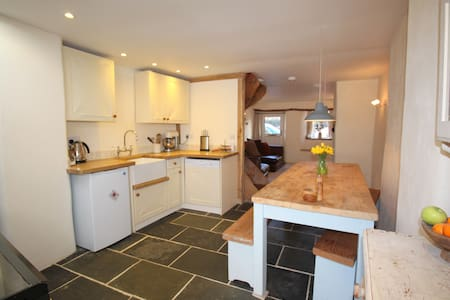Cosy Cobb Cottage, nr Exeter - Cherry Tree Cottage - Lainnya