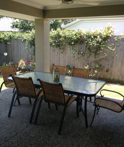 Bed& Breakfast @ Wynnum West - Bed & Breakfast