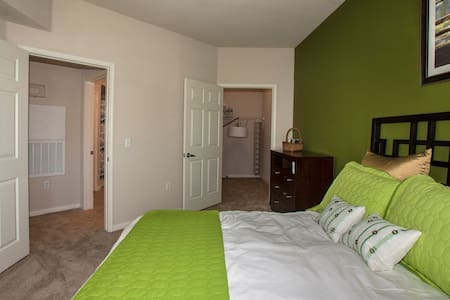 Luxury Apartment. - Vacaville