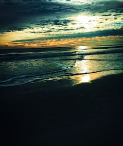 10 Minutes to Atlantic Ocean & Mayo - Jacksonville - Hus