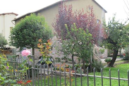 Trevi, La casa del Borgo - Maison