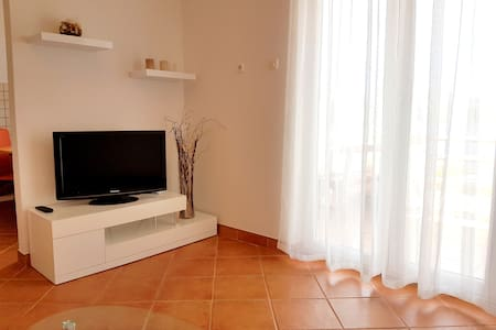 New apartment 5 min from the beach - Lejlighed