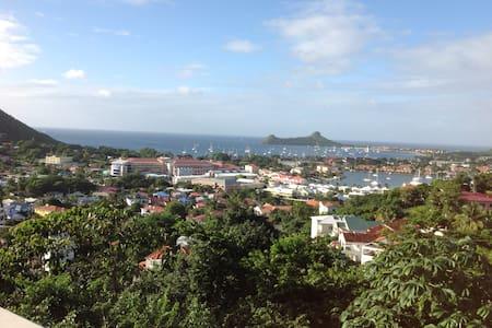 Hill Top View Villa - Szoba reggelivel
