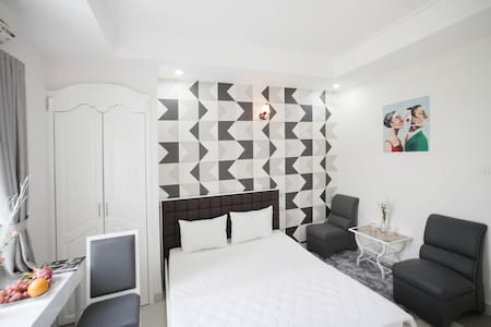 Private room nearby center city.#402C - Apartment
