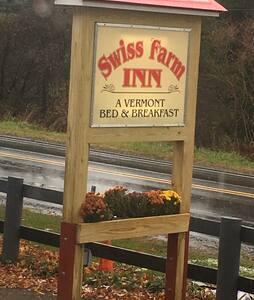 Swiss farm inn & homemade breakfast - Pittsfield