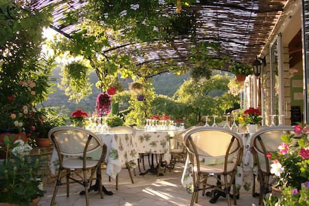 In het hartje van Provence - Inap sarapan