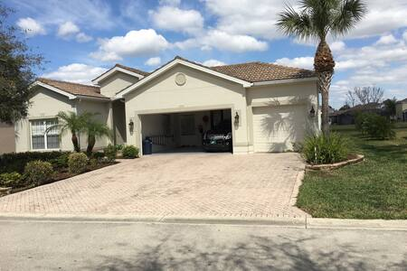 Gated Community In Sunny Florida! 2 - House
