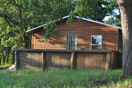 Catfish Cabin at Texoma sleeps 6! - Casa