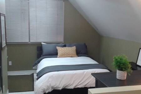 Cozy Modern Loft - Seluruh Lantai