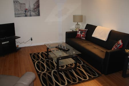 5 min to airport, easy direct route to Sunpeaks - 甘露市