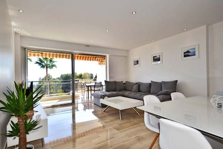 Modern and Very nice sea view - Vallauris