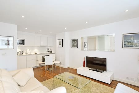 Luxury Modern Oxford Circus 1 Bed