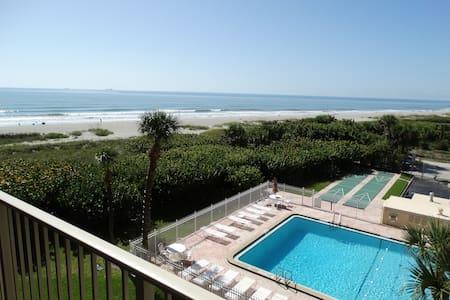 Beautiful Beach Condo #402! - Cape Canaveral