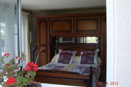 chambre d hotes - Bed & Breakfast